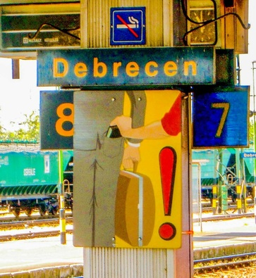 Pickpocket warning in Debrecen, Hungary / Karen McCann / EnjoyLivingAbroad.com