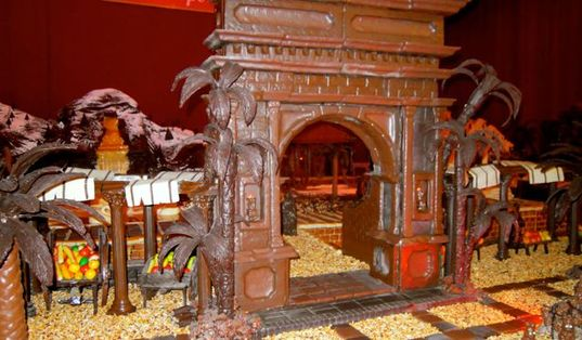 Karen McCann, chocolate Nativity scene, Seville, Spain