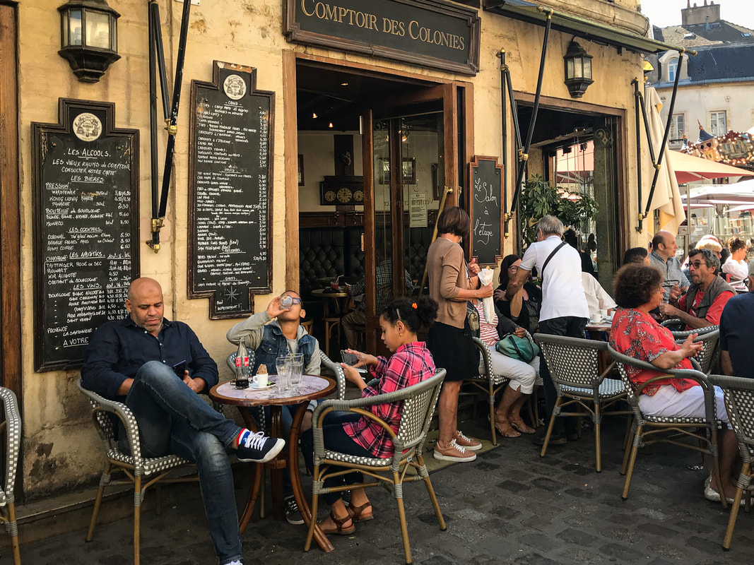 Dijon, France / The Disappearing French Bistro /  Karen McCann / EnjoyLivingAbroad.com